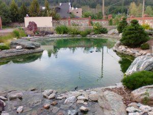 Искусственный водоём для купания. Искусственный пруд 400 куб, искусственный водоём в краснодаре
