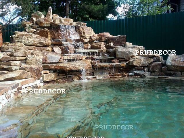 Купель с водопадом в Краснодаре